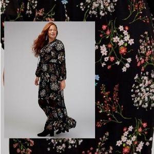 Lace Up V-Neck Floral Maxi Dress Plus 18 24